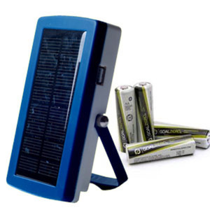 POWERplus Lizard - Solar AA battery charger & mobile phone charger