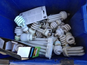 Recycle CFL dont throw in the garbage!!