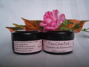Nirvaaha Face Glow Pack