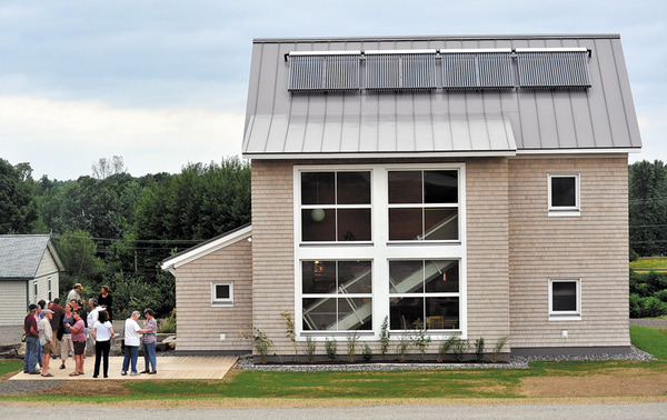 Colby College nation's fourth to reach carbon-neutral emissions | The Morning Sentinel