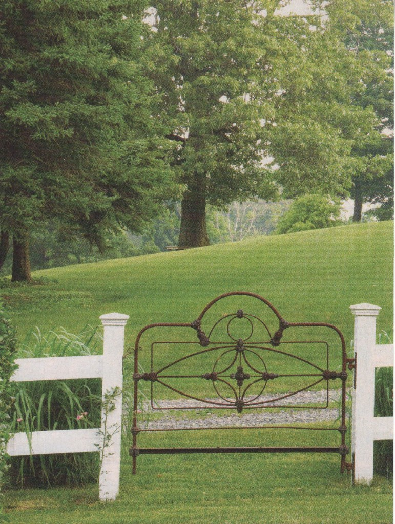 That Old Iron Gate or Iron Bed | Cathouse Beds