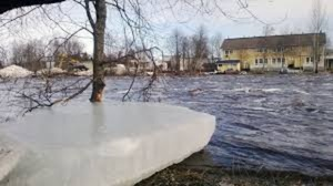 Ice mass threatens Pyhäjoki with more flooding