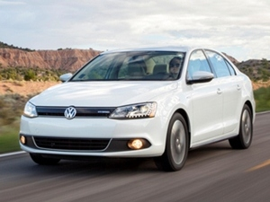 10 Best Green Cars of 2013 - Kelley Blue Book