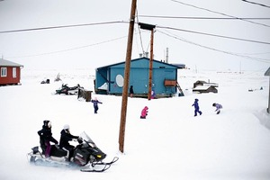 Alaska on the edge: Newtok's residents race to stop village falling into sea via @guardian