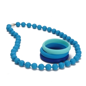 Teething necklaces and accessories for the modern mom
