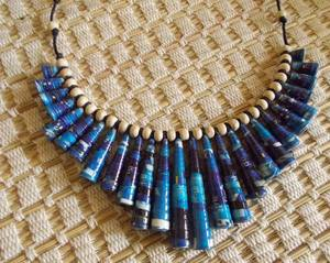 Eco-friendly magazine paper bead necklace