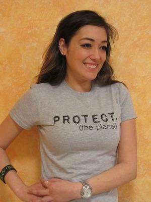 Groovy Globe - Women's PROTECT T-shirt