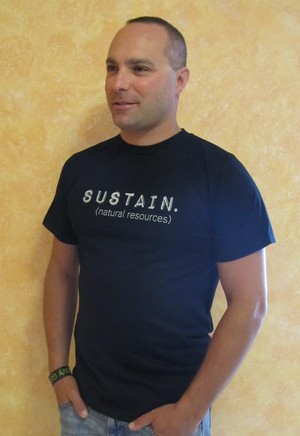 Groovy Globe - Men's SUSTAIN T-shirt