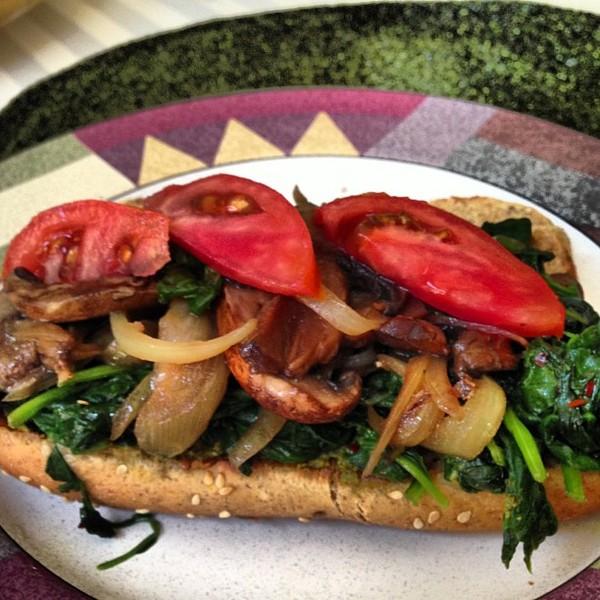 Open sandwich #MeatlessMonday #vegan #vegetarian #lunch