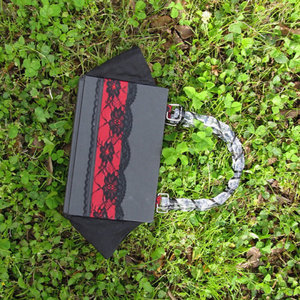 Book Purse - Twilight - New Moon - Stephanie Meyer - Upcycled Book - Recycled