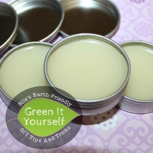 DIY Antiseptic Ointment via @whattheflicka