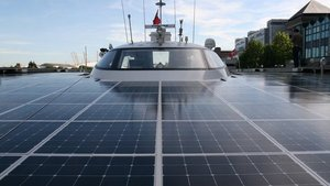 Solar boat in quest for cleaner seafaring via @BBCBusiness