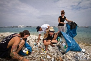 Sea Shepherd to Turn Ocean Plastic Into Denim