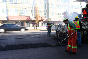 Vancouver, Canada - New paving process using asphalt mixed with recycled plastic